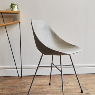 chaise béton hauteville, pieds fers a béton, par lyon béton