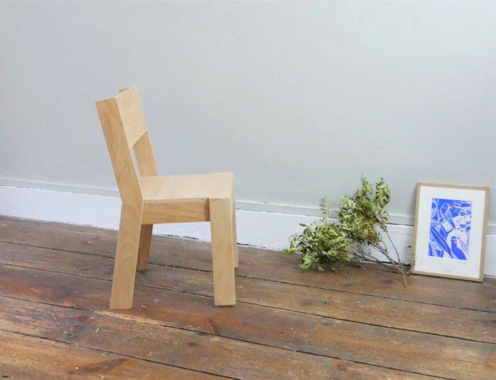 petite chaise enfant design ecologique bois massif