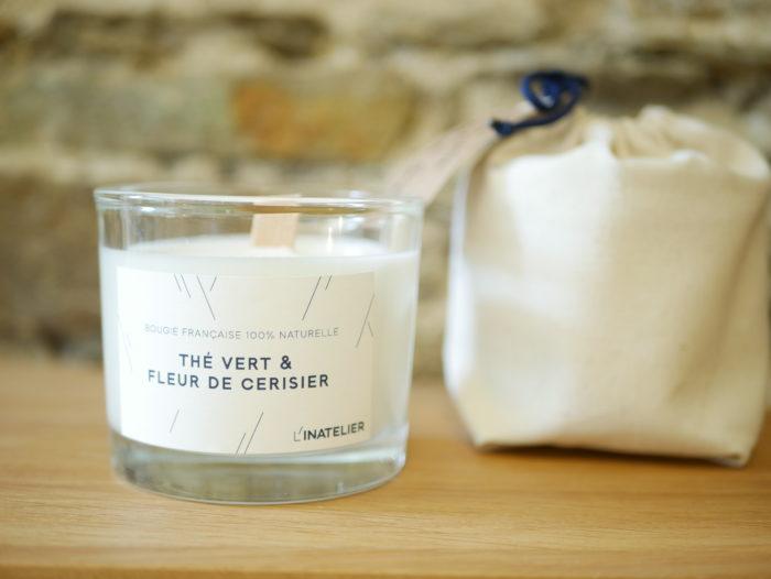 bougie parfumée 100% naturelle à la cire de soja avec son sachet coton bio - parfum Thé vert et fleur d'oranger -L'INATELIER nantes