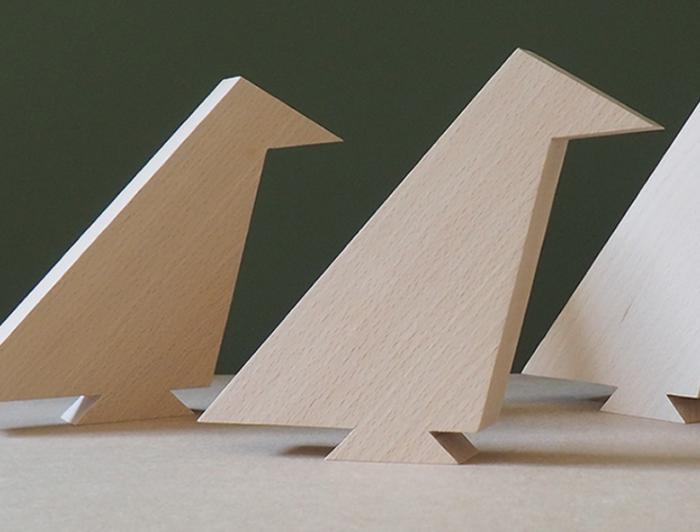 sculpture bois hêtre massif fabriqué dans le juralebird. L'INATELIER Nantes