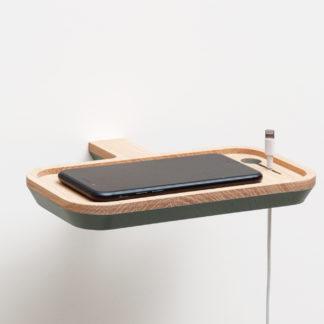 Support téléphone à fixer au mur avec insert pour le fil de branchement. Portablette pour smartphone Drugeot Manufacture L'INATELIER Nantes