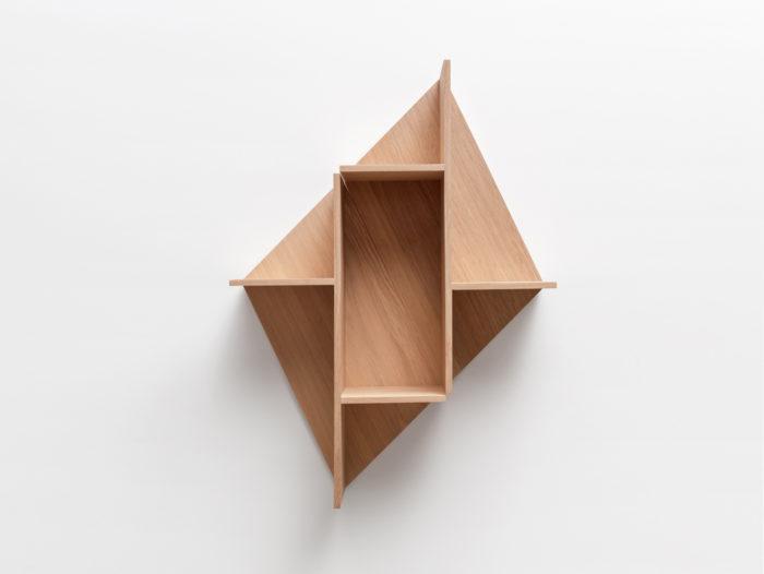 Combinaison verticale Etagère en bois massif fond chene naturelKim Drugeot Manufacture pour L'INATELIER Nantes Design et artisanat français- GENERIQUE