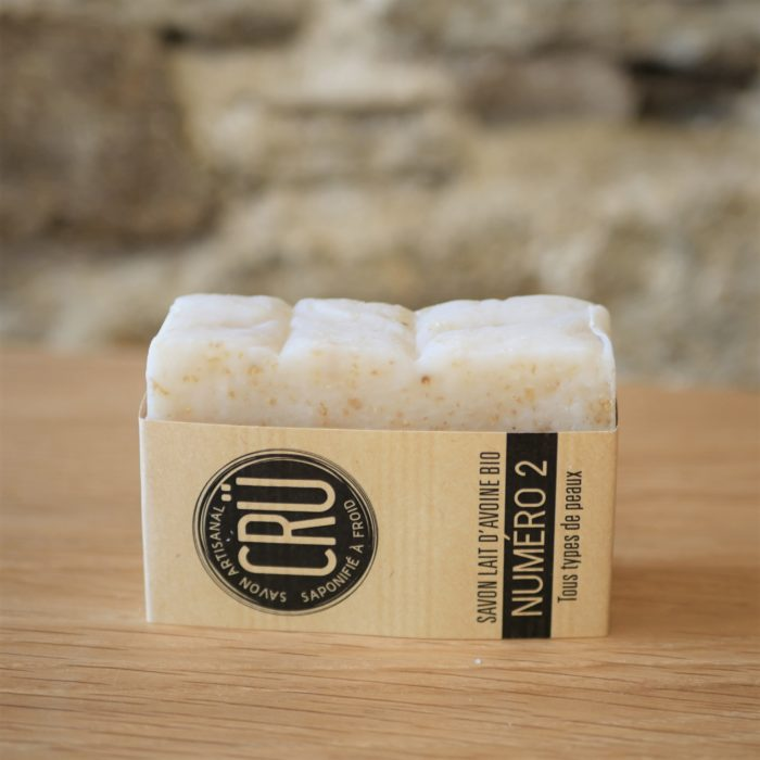 Savon au lait d'avoine bio numéro 2 écologique, éthique, artisanal et zéro déchetNuméro 2 CRU tranche couché à L'INATELIER Nantes