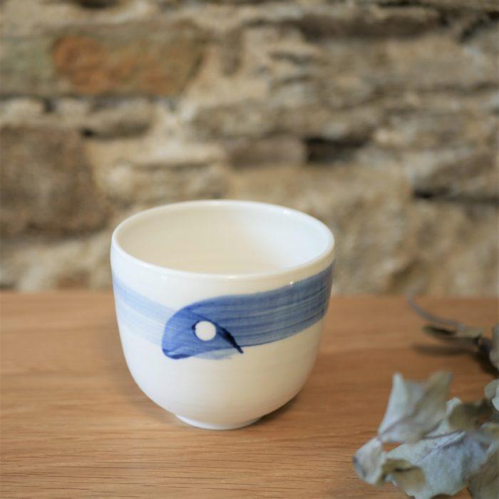bol petit en porcelaine de limoges émaillé blanc et décor bleu L'INATELIER nantes