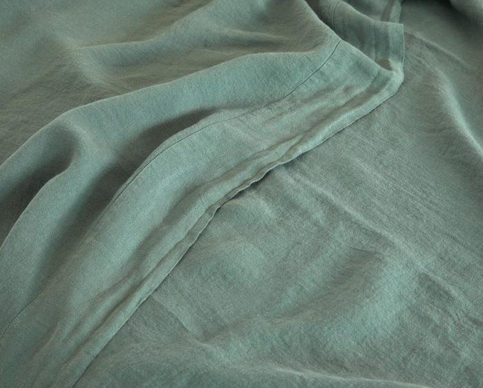 drap plat chanvre_couleur chanvre_vert jade_L'Inatelier_linge de lit_maison_déco_naturel_bio_teinture biologique
