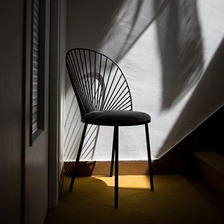 chaise blush_Happé_Anouchka Potdevin_designNantes_Déco_acier_chaise_artisanat_contemporain_assise_confort_Nantes_L'INATELIER_noir