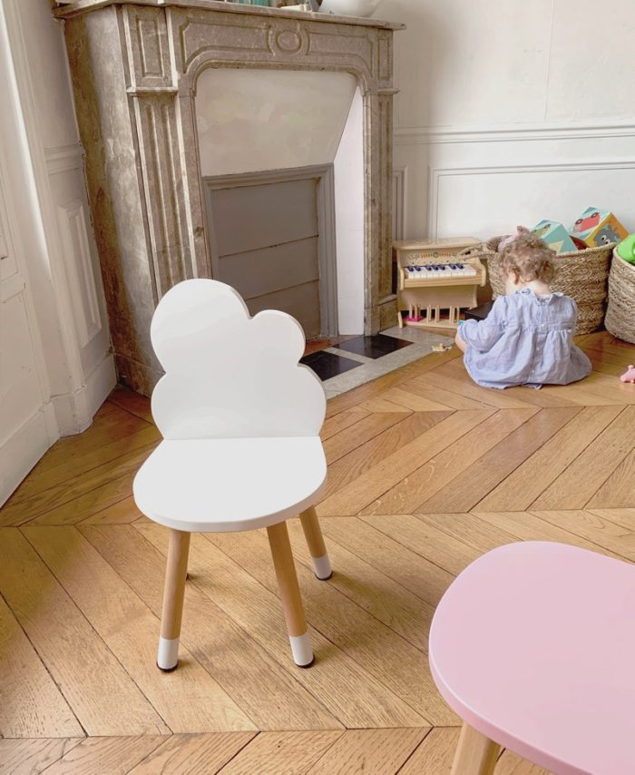 petite_chaise_enfant_nuage_blanc_boogy woody_décoration_mobilier_l'inatelier_nantes_bois_écoresponsable_vernis comestible_design_eco-friendly_made in France_chambre