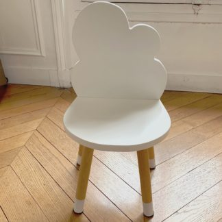 petite_chaise_enfant_nuage_blanc_boogy woody_décoration_mobilier_l'inatelier_nantes_bois_écoresponsable_vernis comestible_design_eco-friendly_made in France