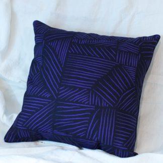 Coussin-tissu-imprimé-textile–Impressions-françaises - Héloïse Levieux-nantes-intérieur-linatelier-cocooning-décoration-intérieur
