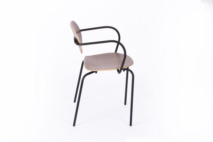 la-chaise-française_déco_assise_bois_made-in-france_artisanat-français_contemporain_bois_leger_ecoresponsable_design_mif_responsable_local_fauteuil_métal_art_artisan_chaise_table_bureau_nantes_l'inatelier_linatelier_beau_moderne_confort_profil