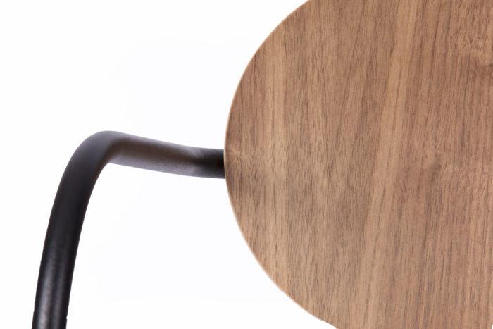la-chaise-française_déco_assise_bois_made-in-france_artisanat-français_contemporain_bois_leger_ecoresponsable_design_mif_responsable_local_fauteuil_métal_art_artisan_chaise_table_bureau_nantes_l'inatelier_linatelier_beau_moderne_confort_détail1_décoration-interieure_inspiration