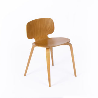 Chaise H10_la-chaise-française_L'INATELIER_assisie_design_Margaux-keller_made-in-france-nantes-déco-décoration-mobilier-tendance-contemporain-bois-fauteuil-salon-cuisine-fabrication-française-authentique-boutique-l'Inatelier