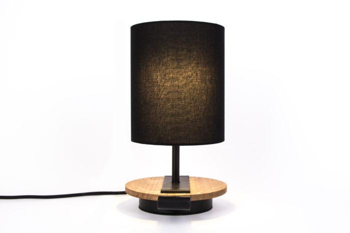 LAMPE-de chevet-CHANDELIER-NOIR-KNGB-creation-design-luminaire-made-in-france-artisanat-français-pièce-numérotée-bois-massif-cuir-coton-chambre-décoration-linatelier-nantes-boutique-décoration-intérieur-lumière-contemporain-écoresponsable-led-coté-marron