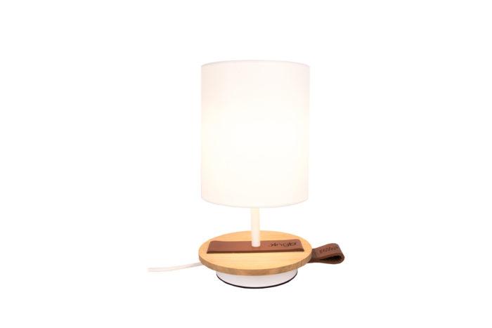 LAMPE-de chevet-CHANDELIER-BLANCHE-KNGB-creation-design-luminaire-made-in-france-artisanat-français-pièce-numérotée-bois-massif-cuir-coton-chambre-décoration-linatelier-nantes-boutique-décoration-intérieur-lumière-contemporain-écoresponsable-led-FAce-cognac