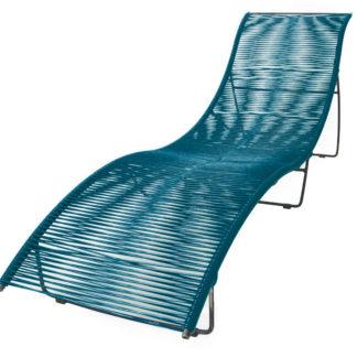 Transat-Leon-Ocean-Blue_exterieur_mobilier-de-jardin_BOQA_PVC_pied-métal_couleur_made-in-france_linatelier_bain-de-soleil_nantes_été_summer_outdoor_confortable_mémoire-de-forme