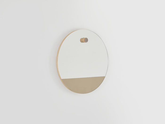 Miroir-rond-linatelier_décoration_déco_intérieur_design_made-in-france_mur_déco_HETCH-Horizon-1_bi-teinte_bronze_chêne-massif