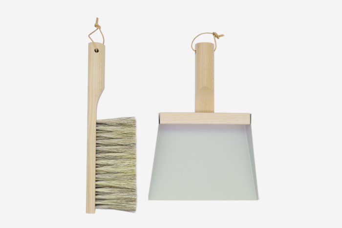 coffret pelle et balayette gris Nature_andree jardin_déco_intérieur_décoration_naturel_made-in -france_artisanat_nantes_linatelier - 1