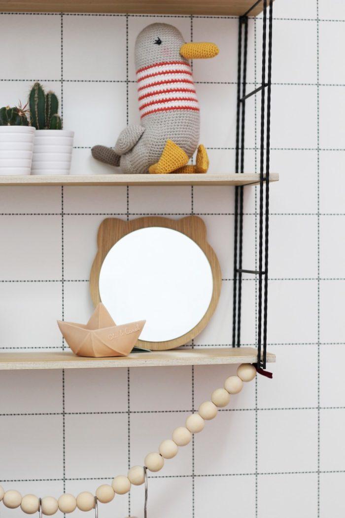 miroir-ours-en-bois-chambre-enfants_décoration_déco_made-in-france_tendance_artisanat_cadeau_naissance_linatelier_nantes_sur-étagère